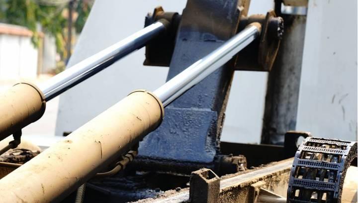 Jak rozpoznać awarię pompy hydraulicznej?