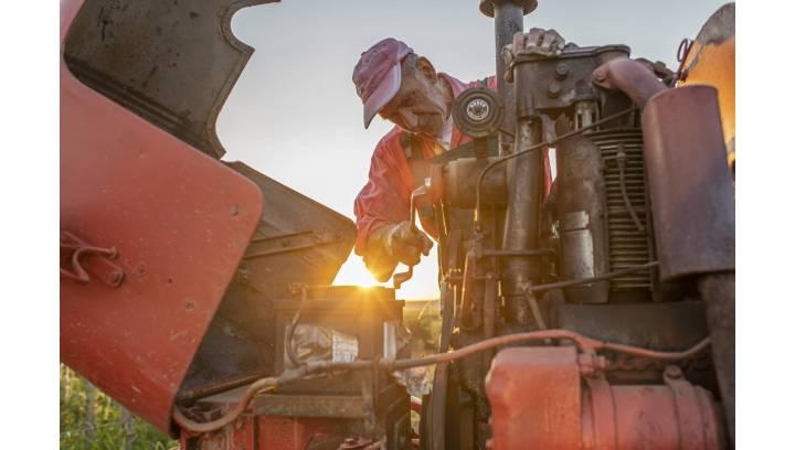 Jakie oleje dobierać do maszyn rolniczych?