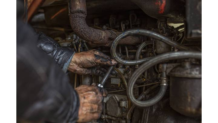 Jak dobrać filtr oleju do maszyny rolniczej?