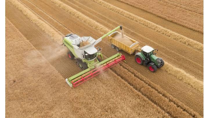 Jak często wymieniać filtr kabinowy w maszynie rolniczej?