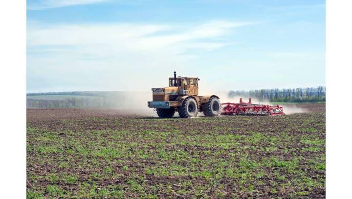 Jakie agregaty uprawowe wykorzystuje się w gospodarstwach?